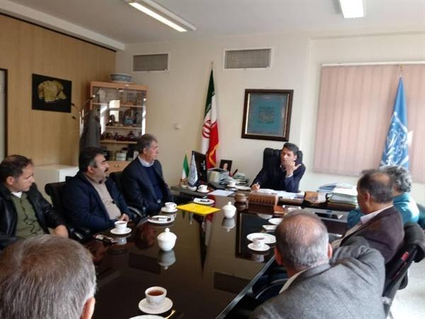 حمایت از تولیدکنندگان و هنرمندان خاتم ساز اصفهان با تأمین مواد اولیه