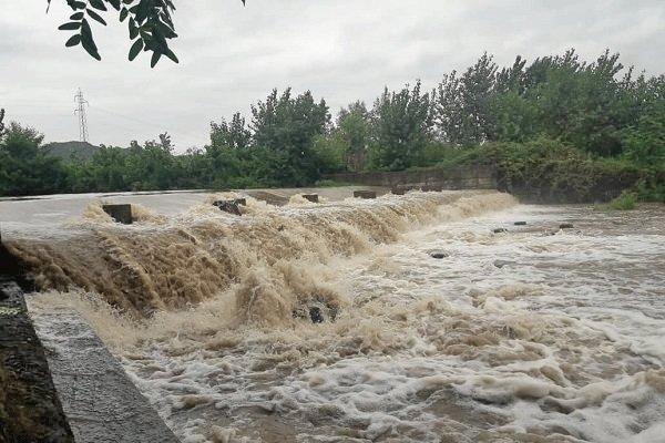 خطر سیلابی شدن بعضی رودخانه ها