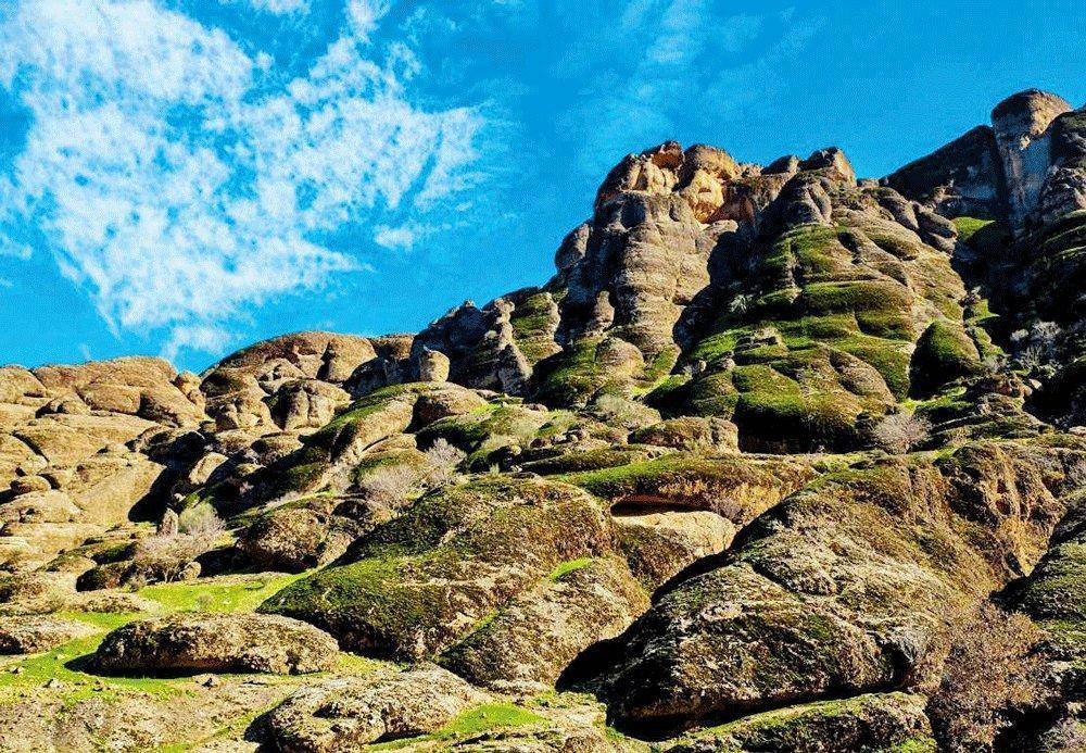 آشنایی با مجموعه گردشگری و توریستی مخمل کوه