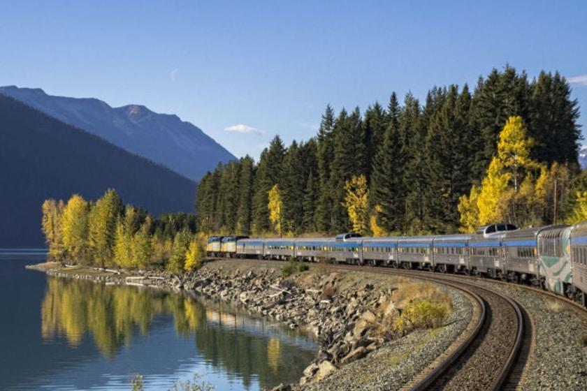 ارزان ترین راه برای دیدن زیباترین مناظر کانادا چیست؟