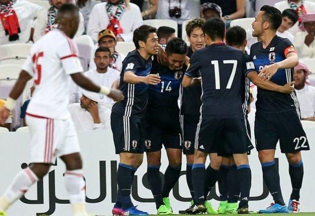 صعود ژاپن به رده نخست گروه B با گلباران تایلند