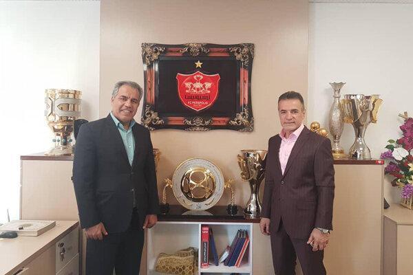 ازاستعفای انصاریفرد تااستعفای عرب، مخالف تاج مورد حمایت وزارت ورزش