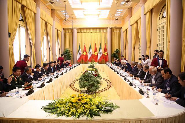فرصت مغتنم افزایش ظرفیت های مالی ایران و ویتنام