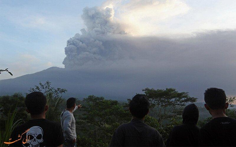 فعال شدن آتشفشان آگونگ بر صنعت تورسیم اندونزی تاثیر می گذارد