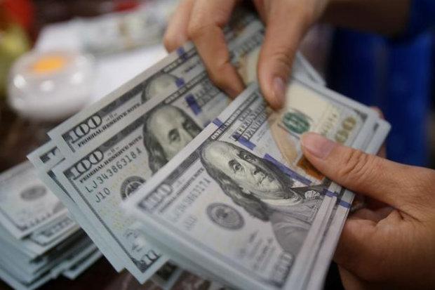 قیمت دلار و یورو افزایش یافت، کاهش نرخ پوند