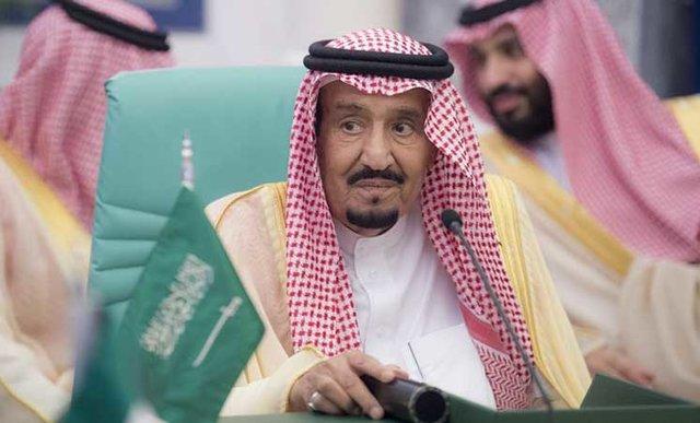 پادشاه عربستان امیر قطر را به نشست شورای خلیج فارس دعوت کرد
