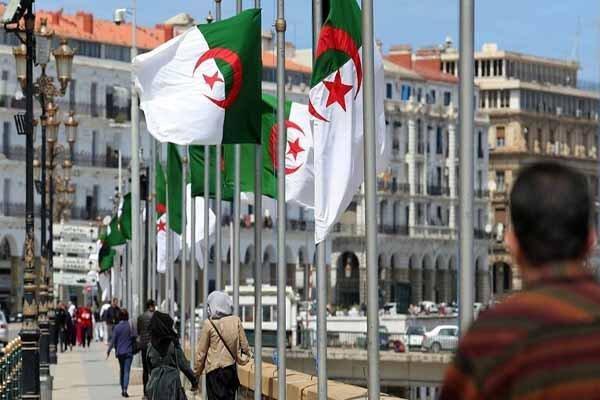 تظاهرات دانشجویان الجزایری علیه برگزاری انتخابات ریاست جمهوری