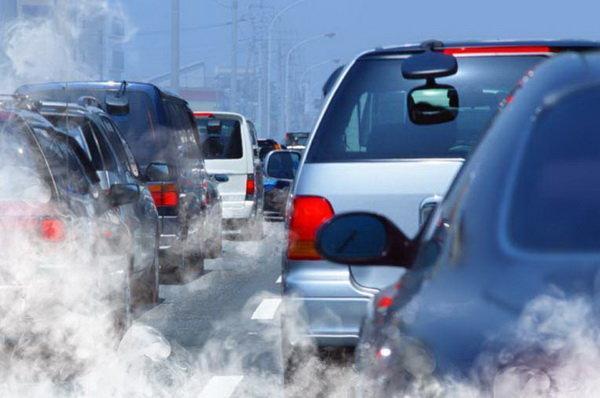 آلودگی هوا و محدودیت تردد خودروها در پایتخت ایتالیا