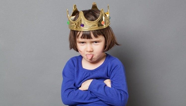 اعتماد به نفس کاذب در بچه ها؛ علل ایجاد و راه های مقابله با آن