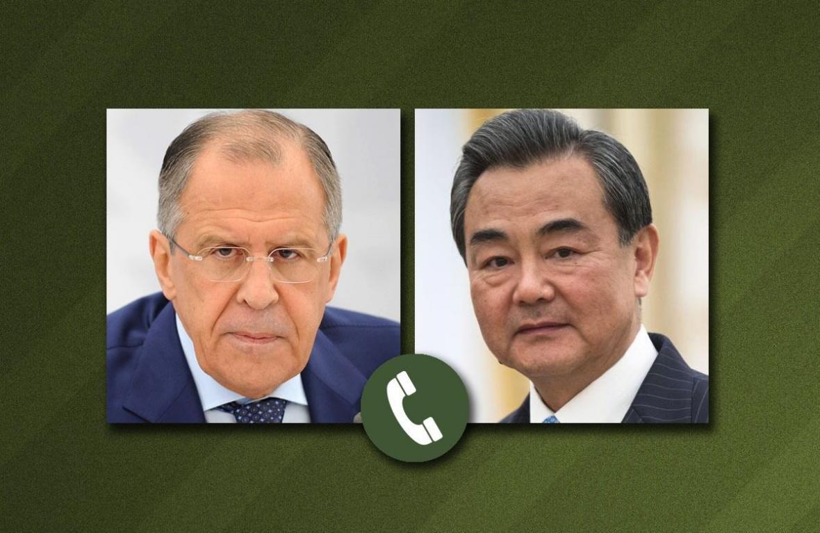 خبرنگاران گفت و گوی وزیران خارجه روسیه و چین در باره حفظ برجام