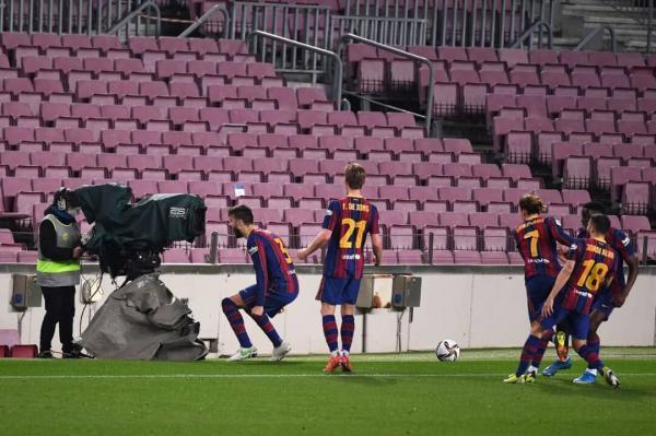 خبرنگاران بازگشت در نیوکمپ؛ صعود رویایی بارسلونا به فینال