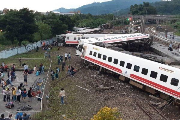 خروج قطار از ریل در تایوان، 41 نفر کشته و 72 نفر مجروح شدند