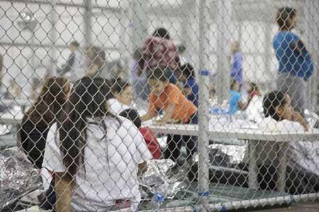 گروگان دریافت 20 هزار کودک در آمریکا