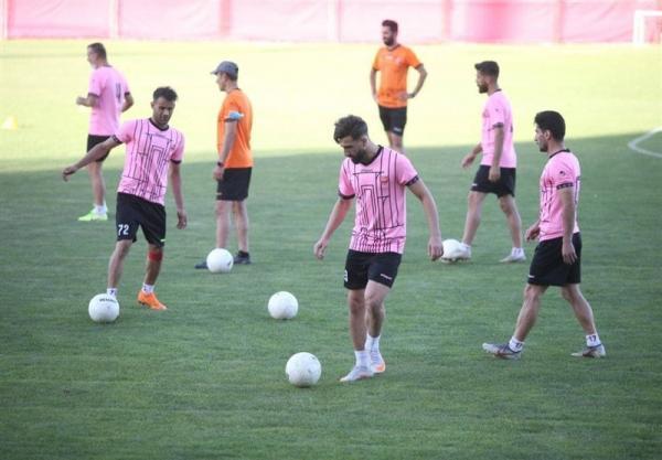 تمرین اختصاصی 2 مصدوم پرسپولیس، سرلک فردا به بحرین می رود